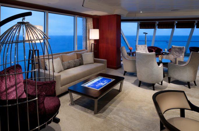 Risteily Azamara Cruises lounge