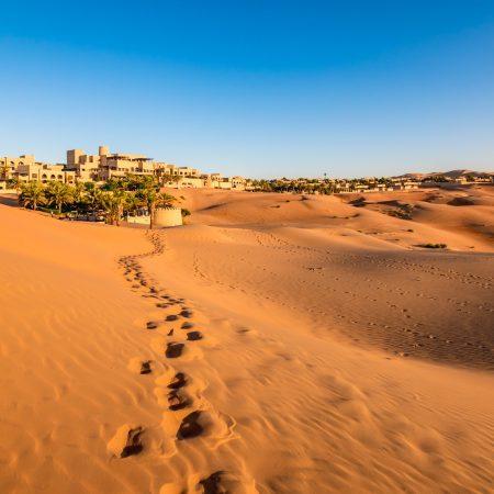 Abu Dhabi aavikkokaupunki