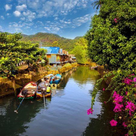 Thaimaa Khao Lak kalastajakylä
