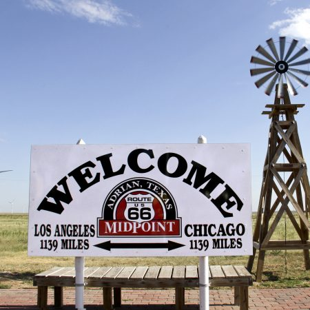 USA Route 66 Midpoint