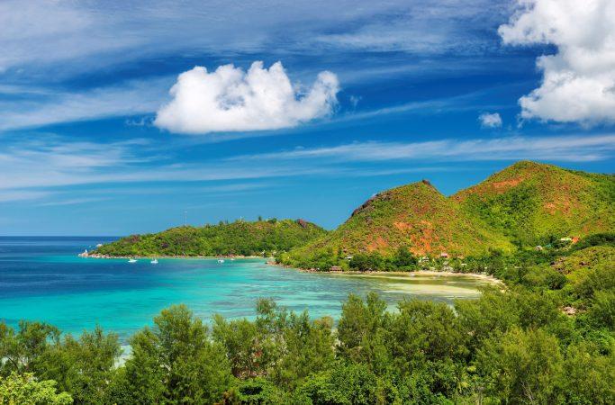 Seychellit Praslin maisema