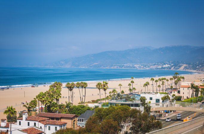 Lomamaisemia Santa MonicassaUSA Santa Monica ranta